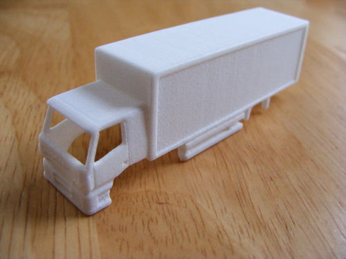 """Moving Bus"" IVECO Box Lorry Body Kit"